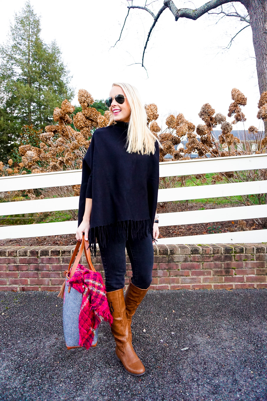 amy-littleson-from-i-believe-in-pink-in-united-monograms-monogram-boots-and-tote-with-a-black-tassel-poncho-3