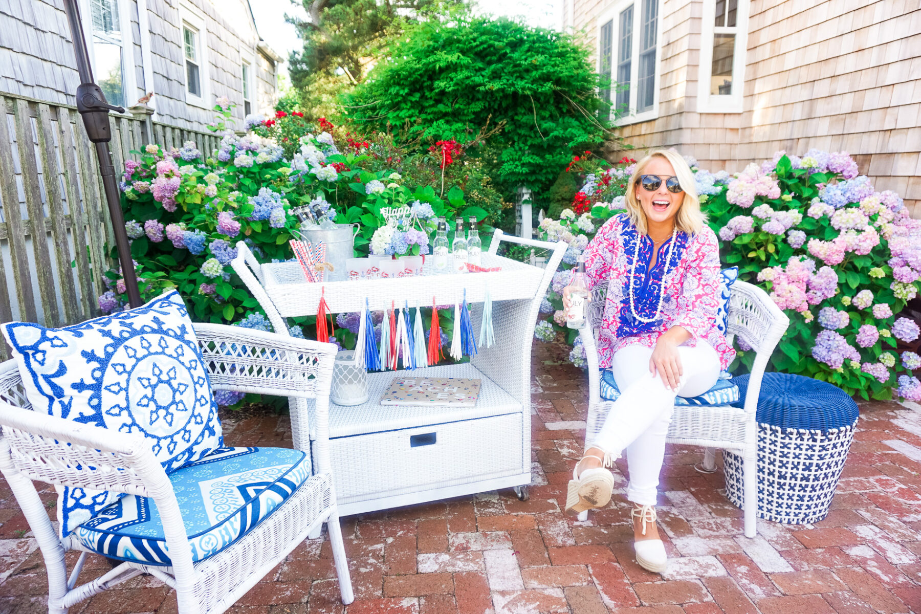 4th of July party on the patio with a summer patriotic bar cart