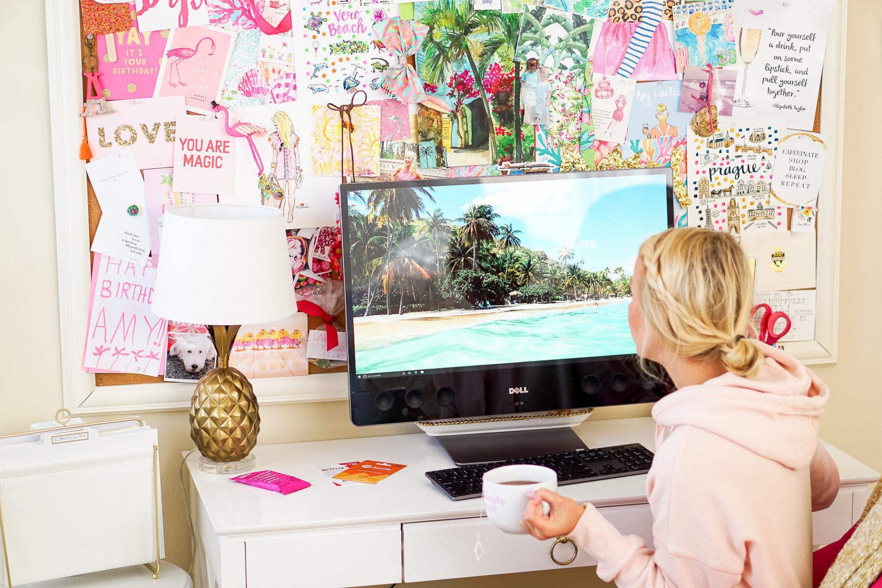 Desk Desktop in pink and gold apartment in Philadelphia