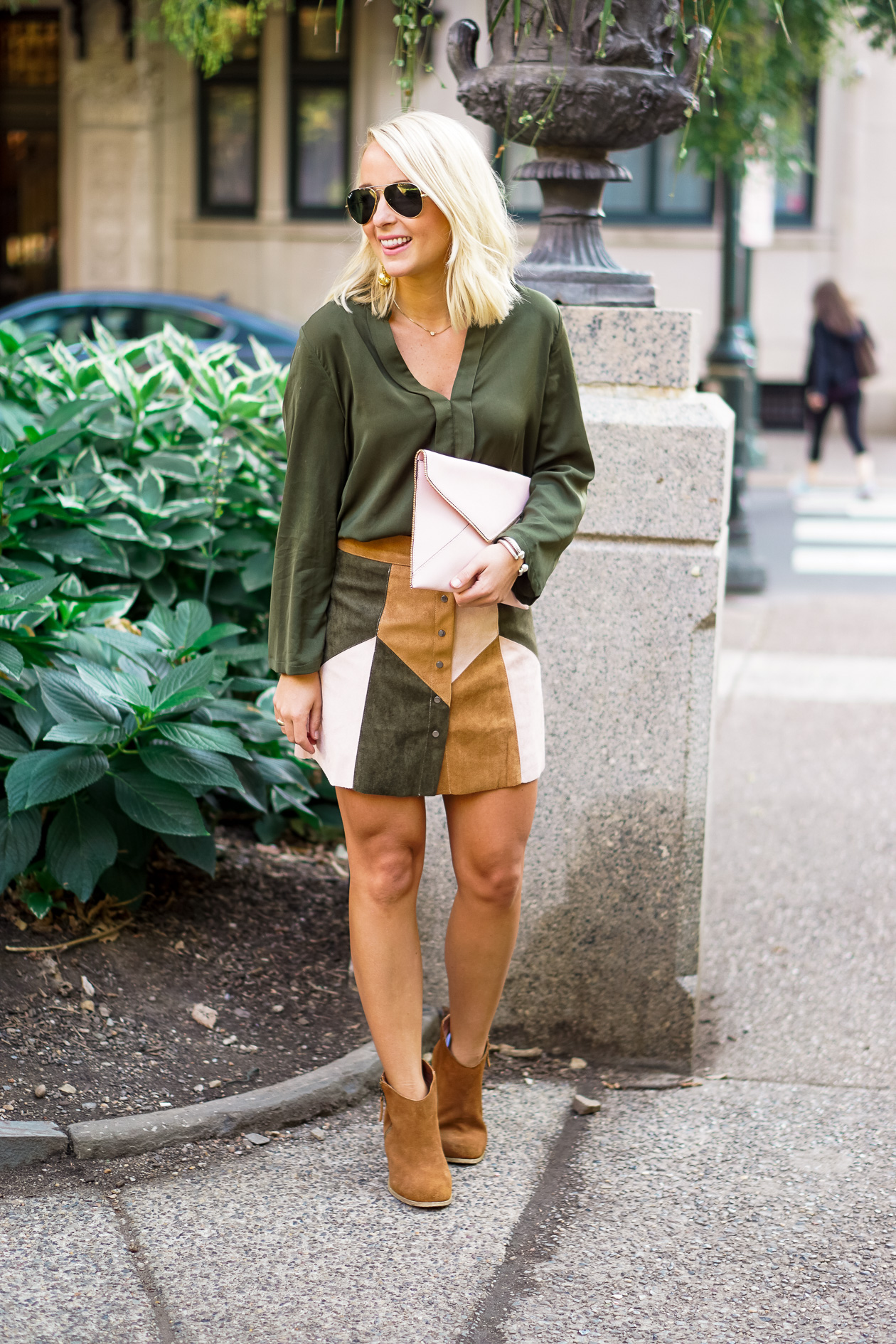 South Moon Under suede skirt and forest green silk top with brown suede booties in Rittenhouse Square, Philadelphia blogger