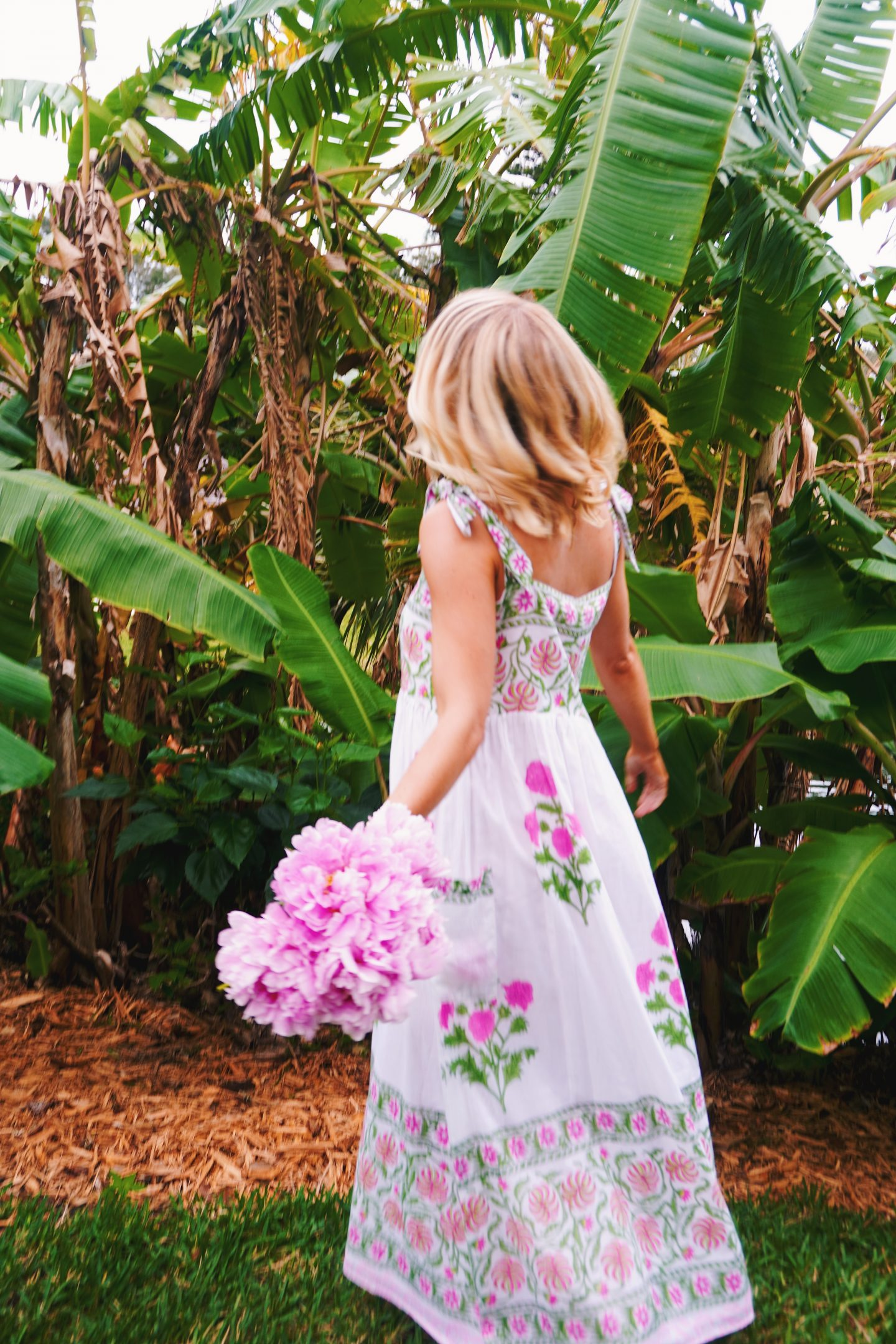 Life Lately: 2.5.20 | Juliet Dunn block print cotton tie dress in Vero Beach, FL