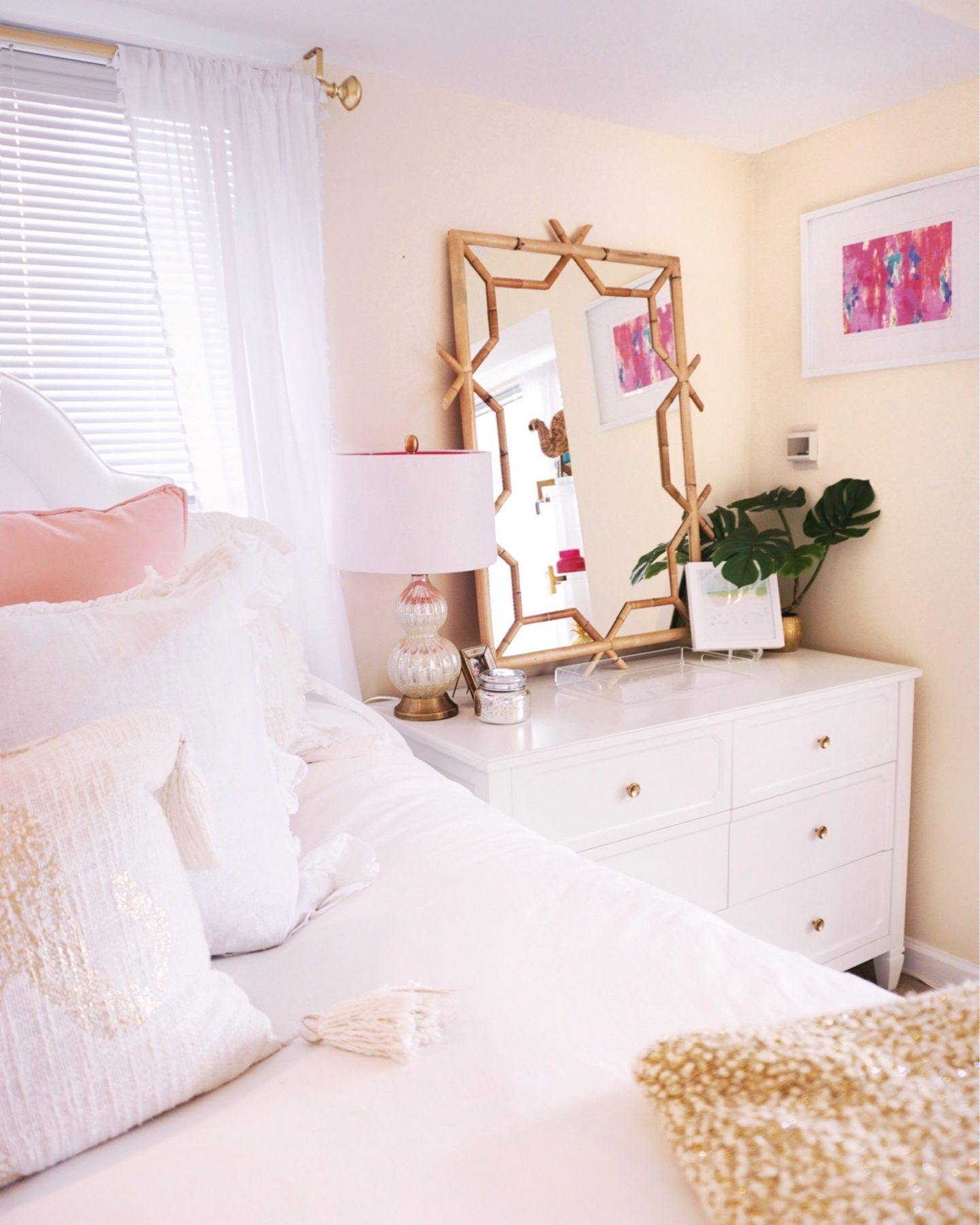 White-pink-and-gold-bohemian-glam-apartment-in-Philadelphia-PA_-33