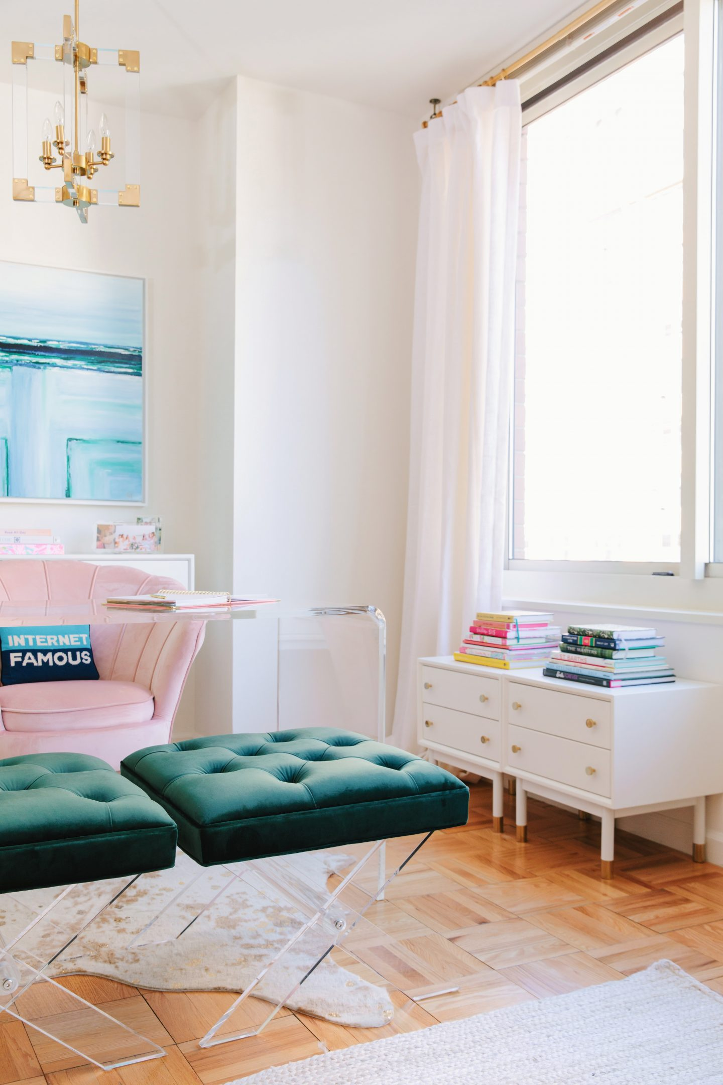 Apartment Office Tour with Apt2B