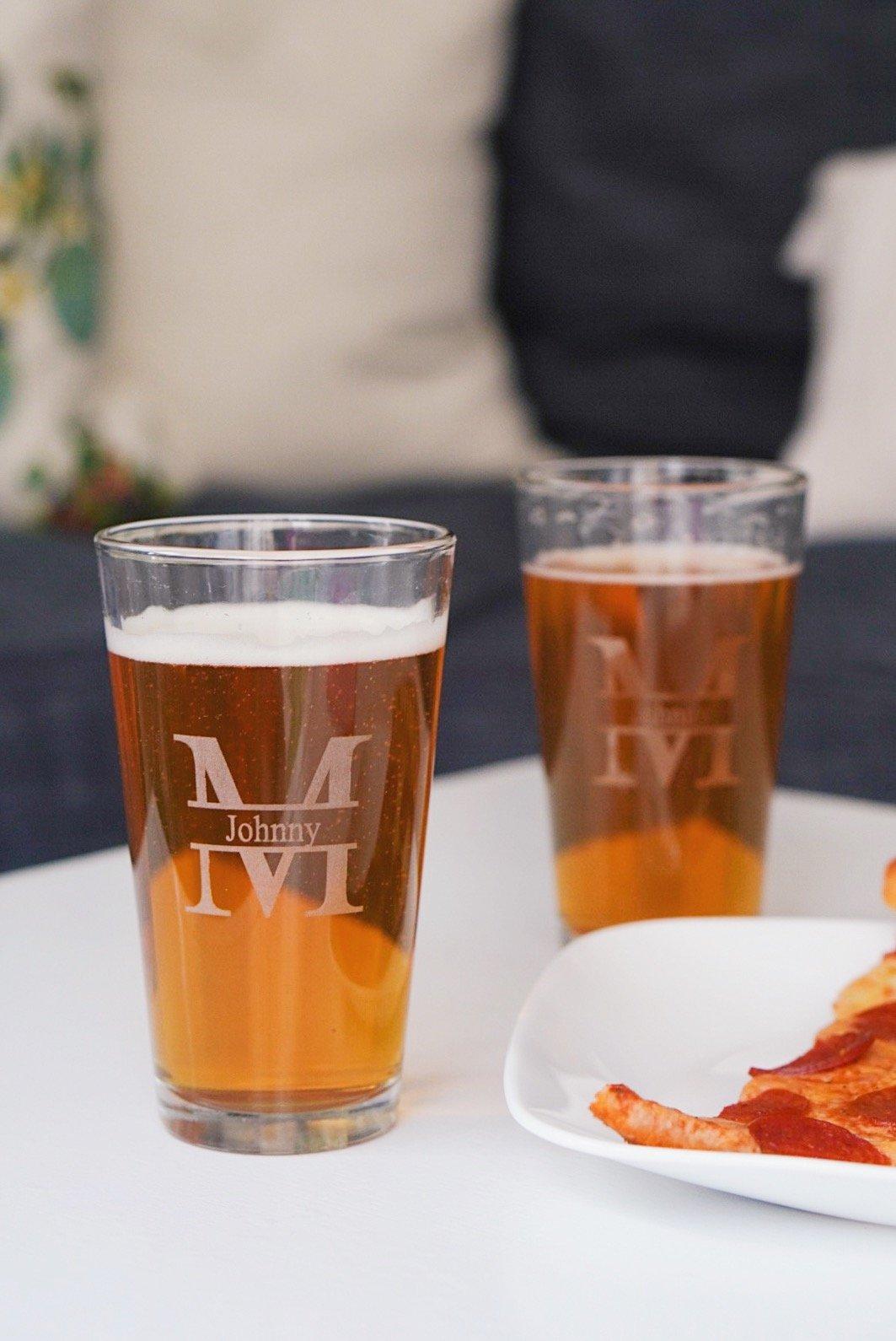 Grain and Oak Personalized Pint Glasses