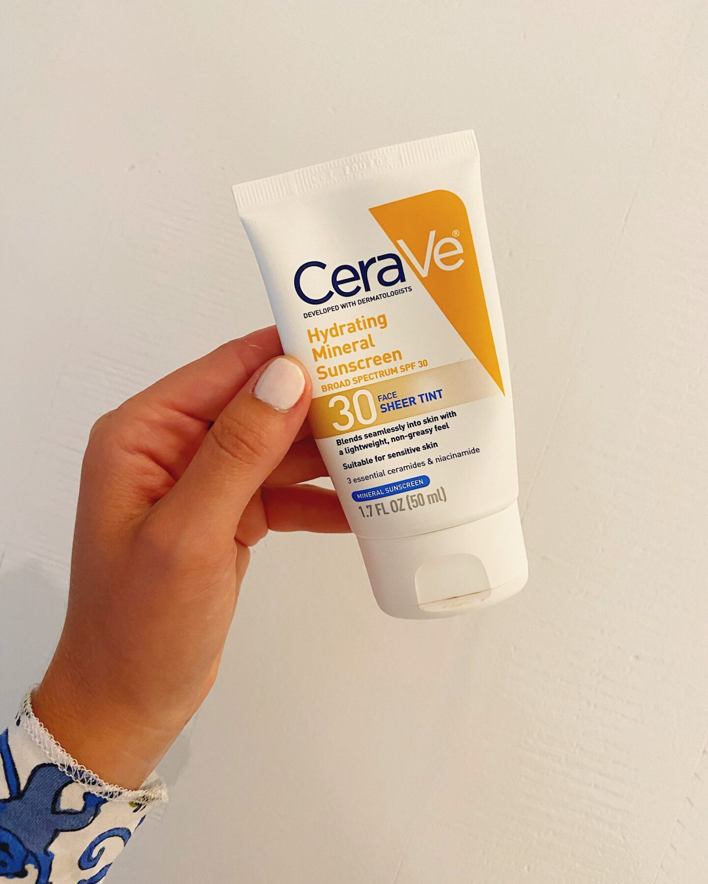 Amazon CeraVe Tinted Hydrating Sunscreen with SPF 30