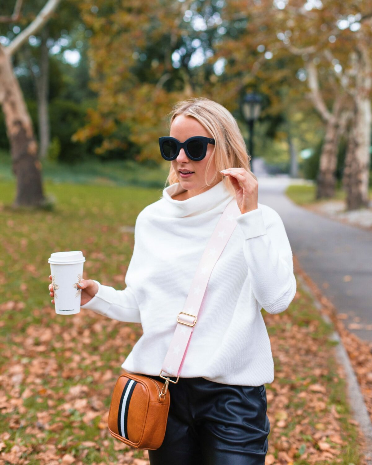 Fall Look in NYC with Social Threads